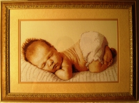 """продается картина ручной работы """"Соня"""", сделана в багетной мастерской, вышивка под стеклом, с паспарту"""