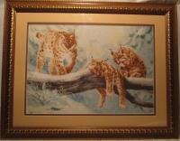 """ручная работа вышивка """"Рыси"""", картина оформлена в рамку, под стекло. Купить в Пятигорске"""