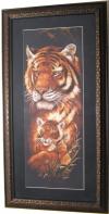 "Тигрица с тигренком"", картина из вышивки."